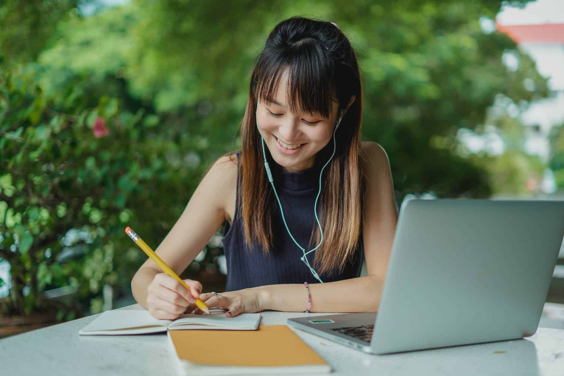 Is it Good to Listen to Music while Studying?|Kumon Malaysia